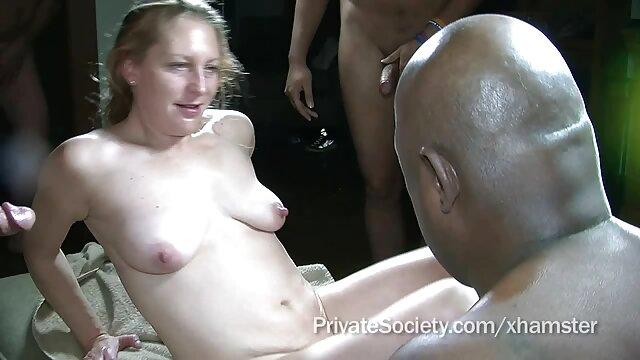 Adolescentes tienen sexo en el patio omegle español xxx
