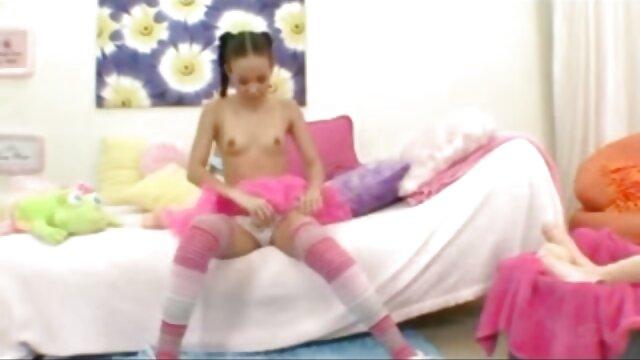 La señora Lucy Zara Lilly Roma azotar videos xxx gratis camara oculta y humillar a la sirvienta mariquita
