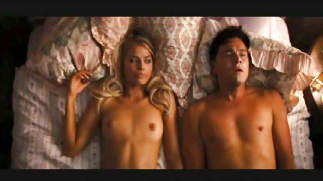 Gilf en sujetador frontal abierto porno por plata en español muestra las tetas