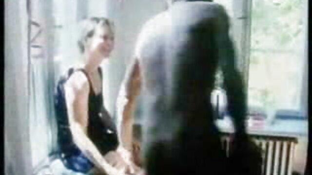 PornPros Follada en el balcón y creampie con Vienna videos de sexo subtitulados Black mixta
