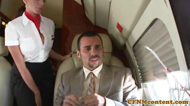 Divirtiéndose video gay castellano con maserati