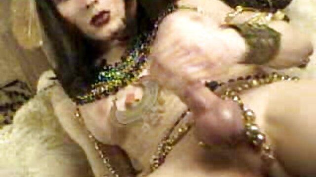 Mamá sexo por dinero en español perdió su anillo