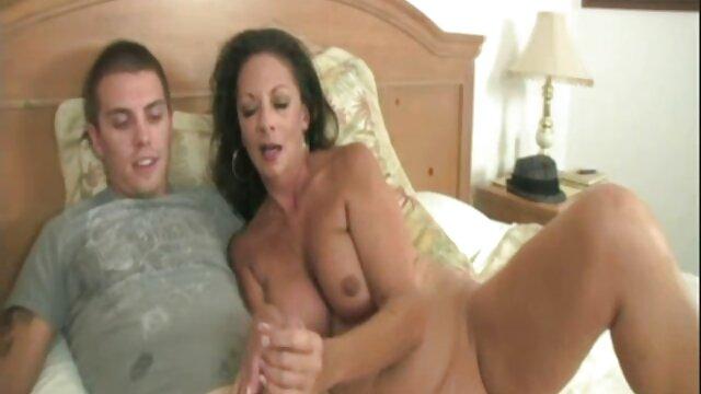 GotJizz - Trixie sexo en español latino Cas