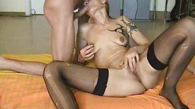Una puerta trasera video erotico en español XXXmas para la adolescente Jillian Janson