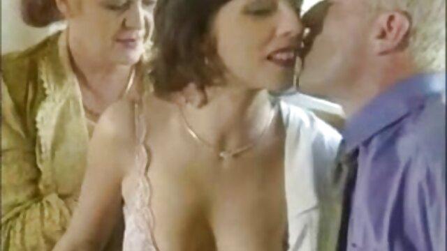 el extraño y extraño conejito folla sexy videos de sexo por dinero en español conejito de pascua coreano
