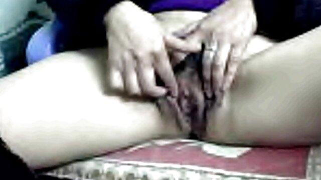 La rubia Niki Snow xnxx español se pone negra