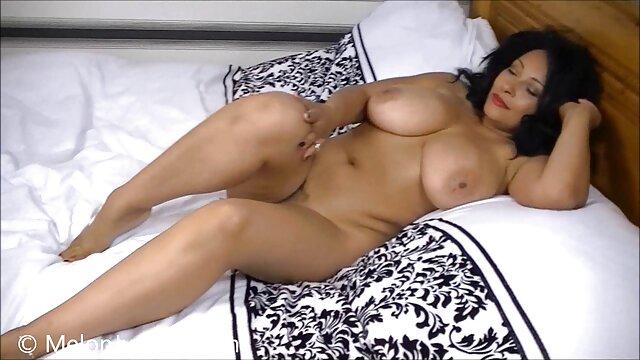 El orgasmo explosivo de la esposa xxx masaje español