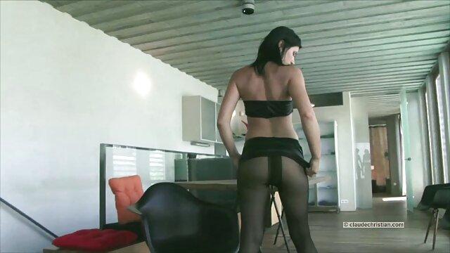 Adolescente videos xxx free en español sucio se masturba y juega con juguetes sexuales.mp4
